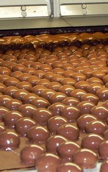 Já pensou em ter a sua própria fábrica de chocolate?